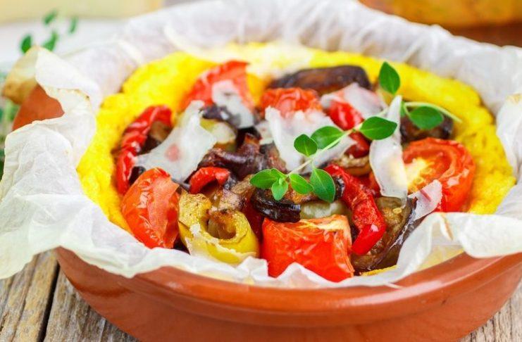 Polenta aux légumes de la cuisine française